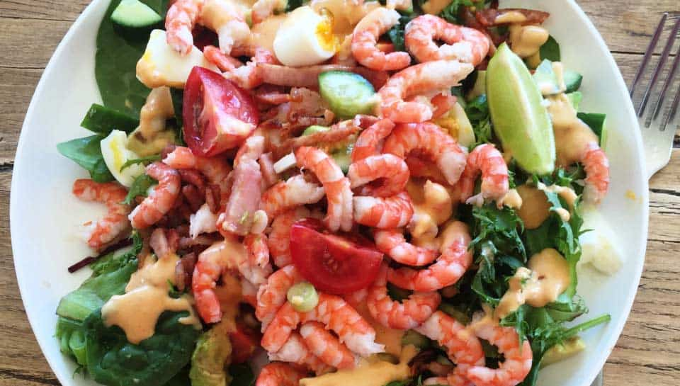 Prawn and bacon ranch salad