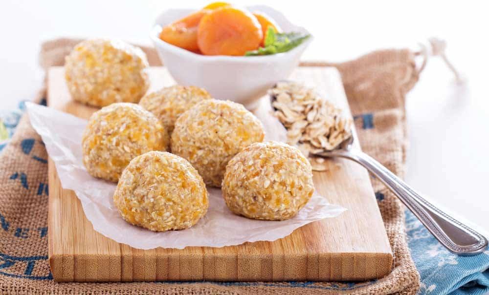 raw apricot balls